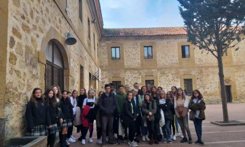 Alumnos del Colegio HLS Telford de Inglaterra visitan nuestras aulas