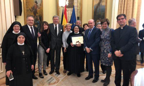 Las Madres Ursulinas reciben la Placa de Honor de la Orden Civil Alfonso X el Sabio